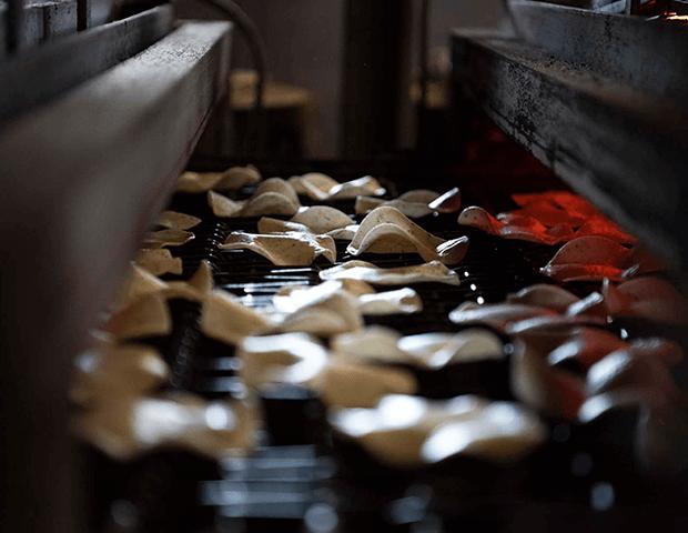 煎餅とおかきの根本製菓|メーカー様へ